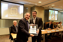 Amec CEO delivers CAF certificate to the President of BM&F Bovespa